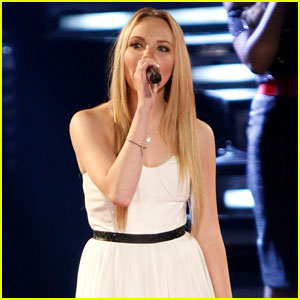 'The Voice' Top 3: Danielle Bradbery Performs - Watch Now!