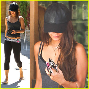 Vanessa Hudgens: Pressed Juicery Stop