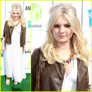 Abigail Breslin: Power of Youth 2013