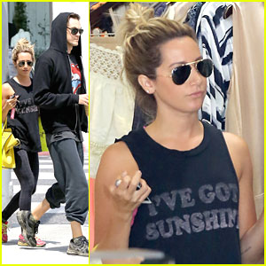 Ashley Tisdale & Christopher French: Monday Shopping Sweeties