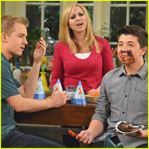 It's Charlie's Birthday on 'Good Luck Charlie'!