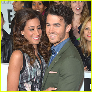 Kevin & Danielle Jonas: Baby On The Way!