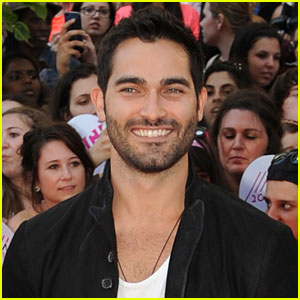 Tyler Hoechlin Set to Star as Batman in 'Man of Steel' Sequel?