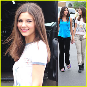 Victoria Justice: Backstage at Jones Beach