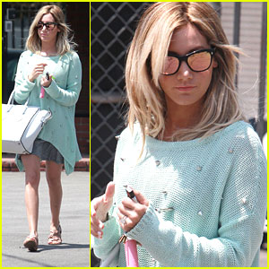 Ashley Tisdale: Wednesday Studio Stop