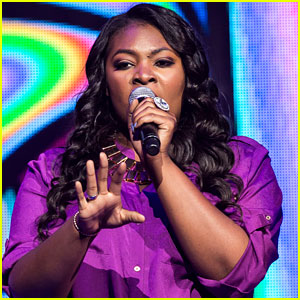 Candice Glover & Angie Miller: 'American Idol' Live Tour Pics!