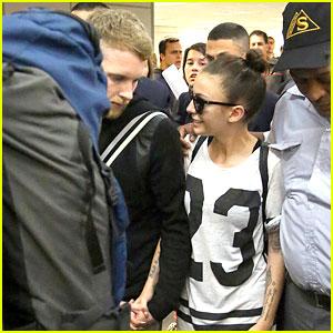 Cher Lloyd: Rio Airport Arrival