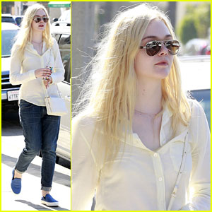 Elle Fanning: Nail Salon Stop in Studio City