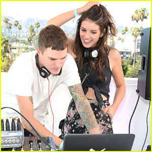 Shenae Grimes & Josh Beech: BeautyCon LA 2013