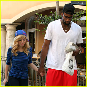Jennette McCurdy Holds Hands with NBA Player Andre Drummond!