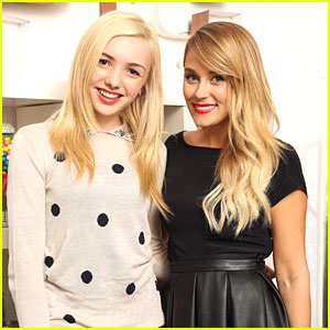 Peyton List: Lauren Conrad's Paper Crown Trunk Show!