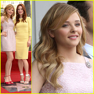 Chloe Moretz: Julianne Moore's Walk of Fame Ceremony!
