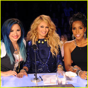 Demi Lovato: 'X Factor' Top 16 Episode Stills!