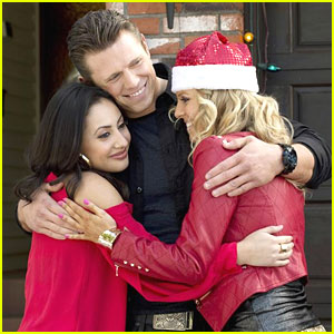 Francia Raisa: 'Christmas Bounty' Pics!