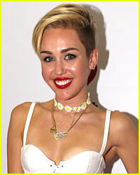 Miley Cyrus: Terry Richardson Photo Shoot!