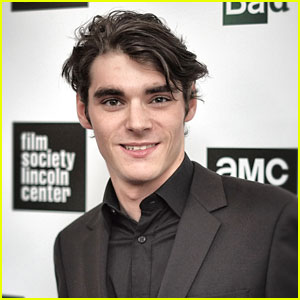 'Breaking Bad's RJ Mitte Joins 'Switched At Birth'