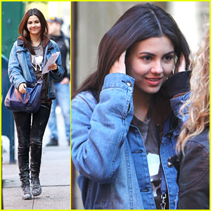 Victoria Justice: Jean Jacket for 'Naomi & Ely'