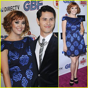 Andrea Bowen & Michael J. Willett: 'G.B.F.' Clip - Watch Now!
