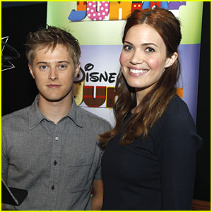 Lucas Grabeel: 'Sheriff Callie's Wild West' Clip (Exclusive!)