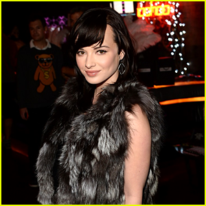 Ashley Rickards: JJJ Holiday Takeover Q&A!