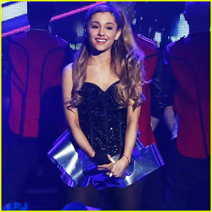 Ariana Grande: New Year's Eve 2014 Performances! (Video)
