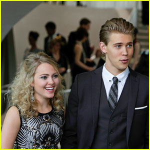 'The Carrie Diaries' Season Finale: Is Carrie Moving to Cali? (Exclusive Clip)