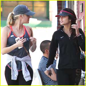 Vanessa Hudgens: New Year Hike with Laura New
