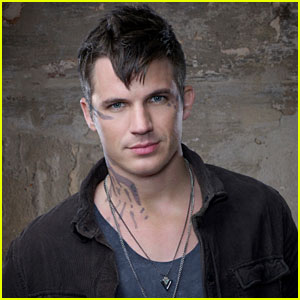 'Star-Crossed' Interview: Matt Lanter Introduces Atrians, Romance, & Intense Revelations