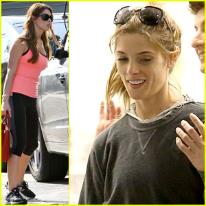 Ashley Greene: Nature Never Gets Old When You're with Loved Ones!
