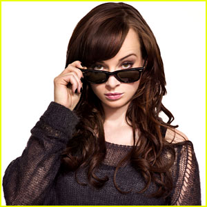Ashley Rickards: 'Awkward' Season Four Trailer is Here!