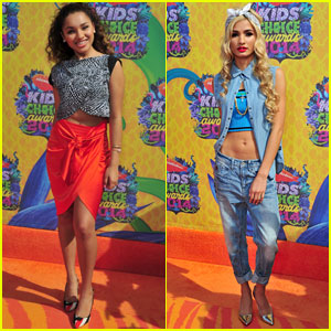 Jaylen Barron & Pia Mia Hit the Orange Carpet at Kids' Choice Awards 2014!