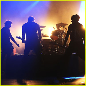 5 Seconds of Summer: Hometown Sydney Concert Pics!