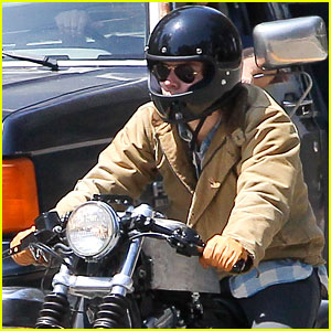 Harry Styles is One Hot Motorcycle Man!