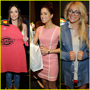 Kacey Musgraves Lounged it Up with Cassadee Pope & Jamie Lynn Spears Before Album of the Year Win