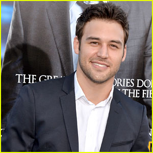 Ryan Guzman Reacts Rio Casting in Jem & the Holograms (Video)
