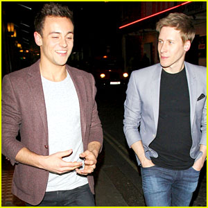 Tom Daley Declares 'I Am a Gay Man Now'
