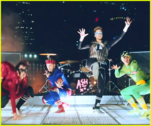 5 Seconds of Summer Release Super-Heroic 'Don't Stop' Video