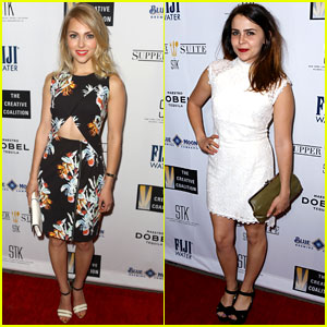 AnnaSophia Robb & Mae Whitman Celebrate Art in Stunning Spring Dresses!