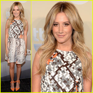 Ashley Tisdale Brings 'Buzzy's' to TBS Upfronts!
