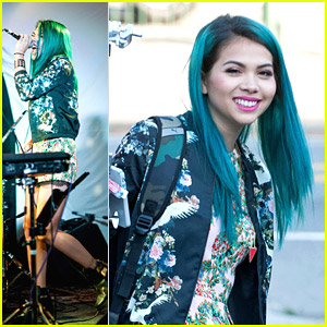 Hayley Kiyoko Performs at The Satellite - See The Performance Pics!