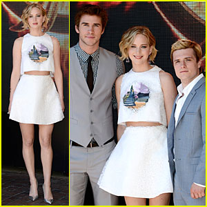 Jennifer Lawrence & Liam Hemsworth Promote 'Mockingjay Part 1' at Cannes Photo Call!