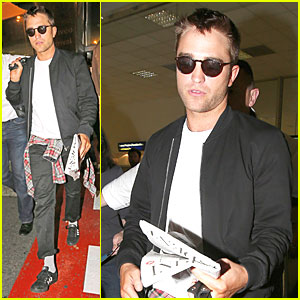 Robert Pattinson Gets Mobbed at Nice Airport Before Heading to Cannes!
