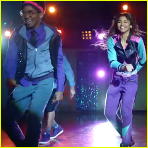 Zendaya Shows Off Serious Dance Moves in 'Zapped' Music Video - Watch Here!