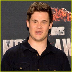 Adam Devine Joins 'The Intern' with Anne Hathaway & Robert De Niro!
