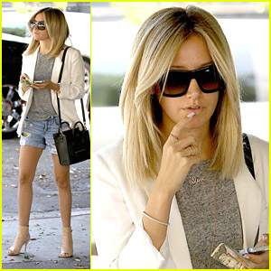 Ashley Tisdale's Manicure is Just Too Pretty For Words