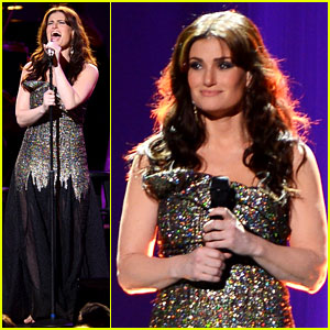 Idina Menzel Sings Frozen's 'Let It Go' Live at Radio City - Watch Now!
