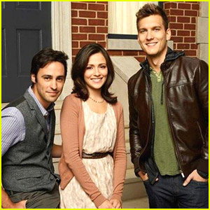Italia Ricci Talks 'Chasing Life' Ahead of Premiere TOMORROW!