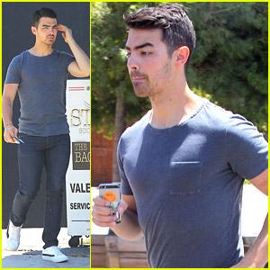 Joe Jonas Says The Jonas Brothers Are 'Really Happy For Each Other'