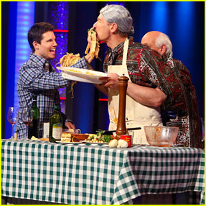 Robbie Amell Stops by 'Whose Line Is It Anyway?' Tonight - See the Pics!
