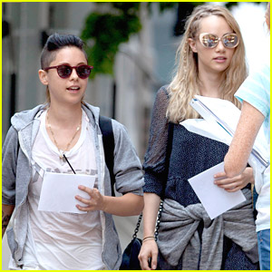 Suki Waterhouse & Rosa Salazar Head To 'Insurgent' Set